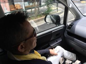 セミナーウィークスタート いつもありがとうございます。 大塚さんの運転でこれから青山へ。