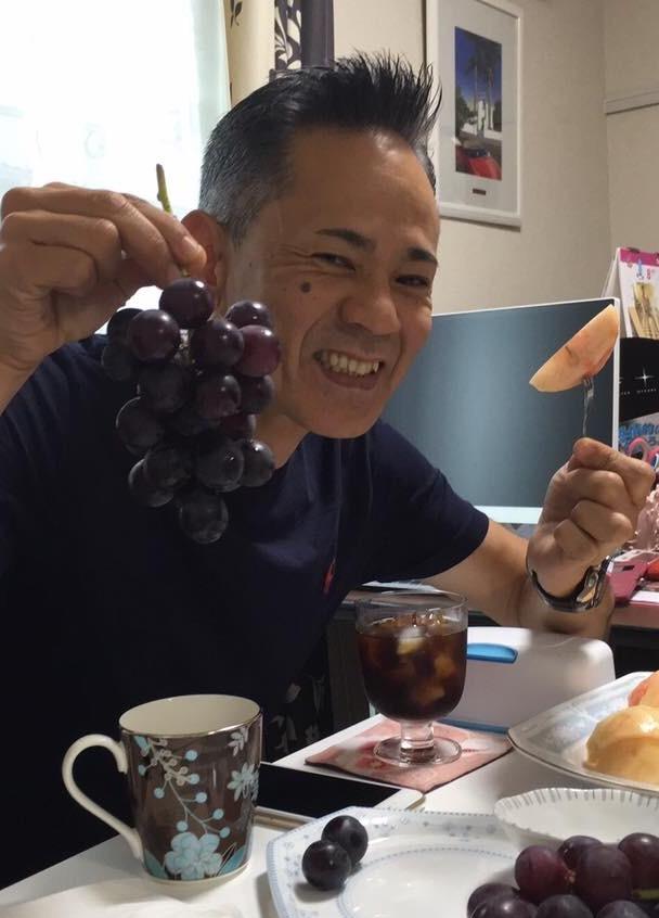 フルーツ大使と呼ばれている 真理さんお見立ての果物はいつも絶品? 桃とぶどう??
