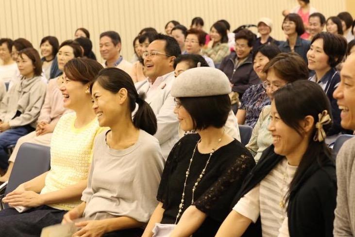 福で生きる とにかく笑って笑って 幸せを生きる 幸せな人に幸せな人が集う これこそゆいまーる?ゆい。 福岡講演会、大盛況 ありがとう〜〜♬ございます。