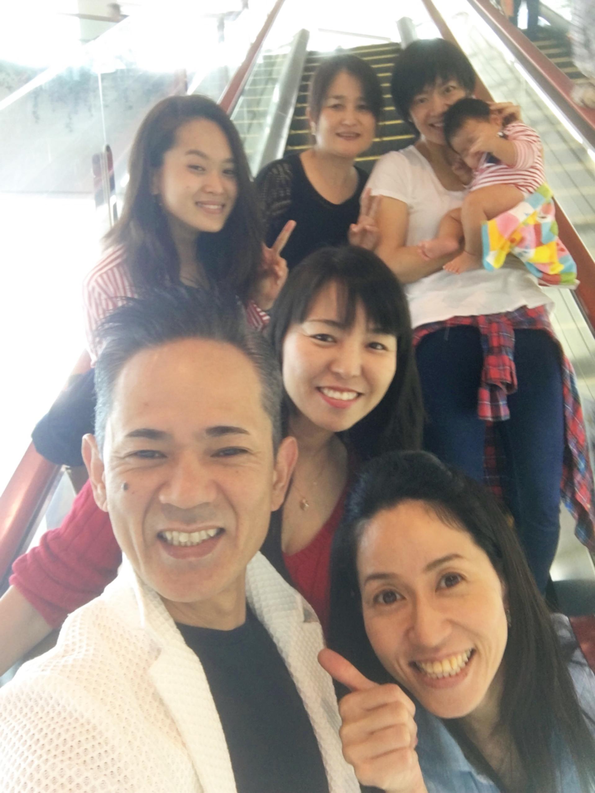 沖縄に帰ってきたと思ったら、今週末は横浜の船井フォーラム、そして鹿児島講演会✨にて、先生、小堀さんは今日から東京へ出発です✈️ 皆んなでお見送り?