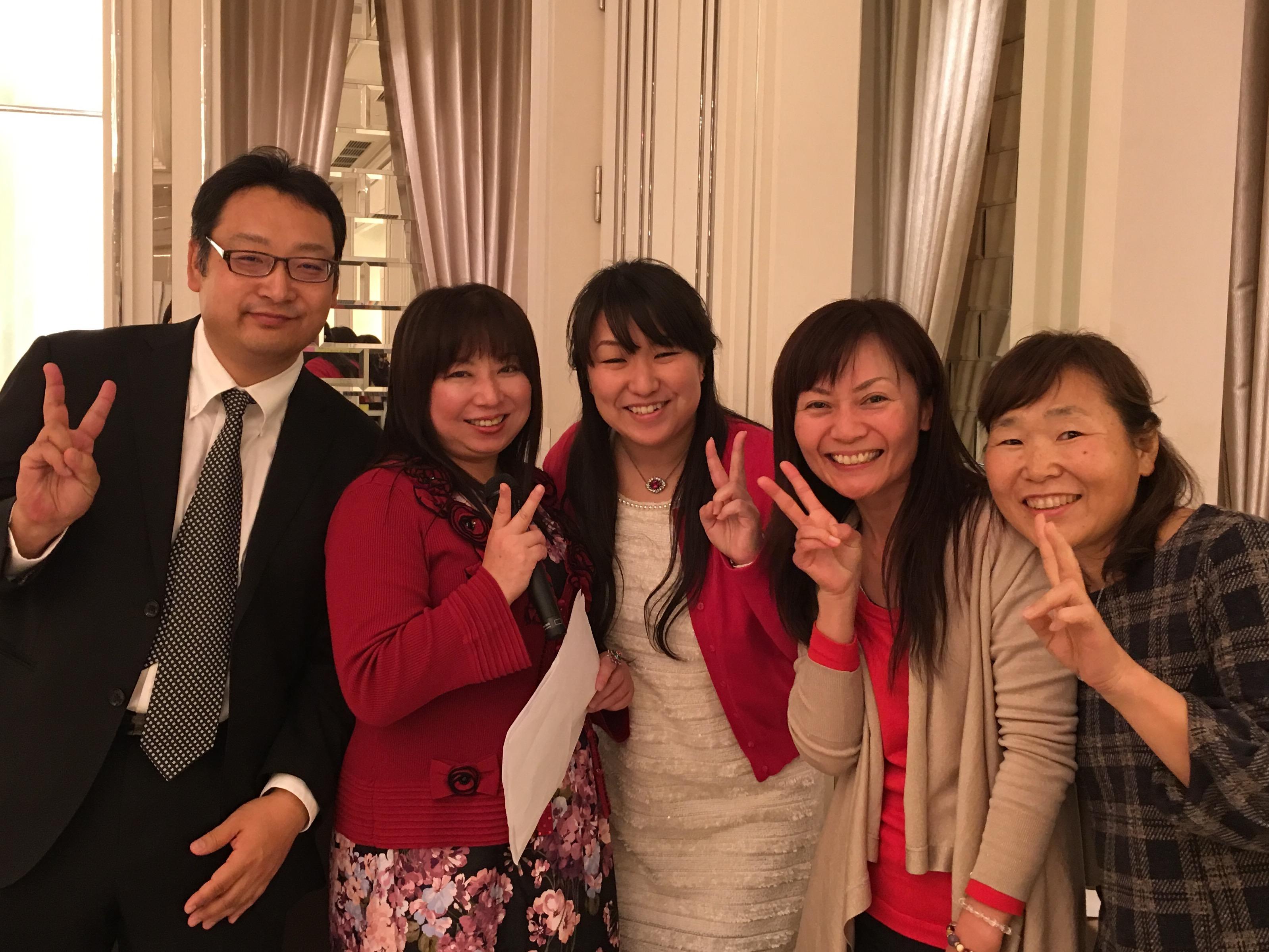 感謝祭の総合プロデュース 内田真理さんと愉快な仲間たち?? あったかい?想いいっぱいありがとう〜?