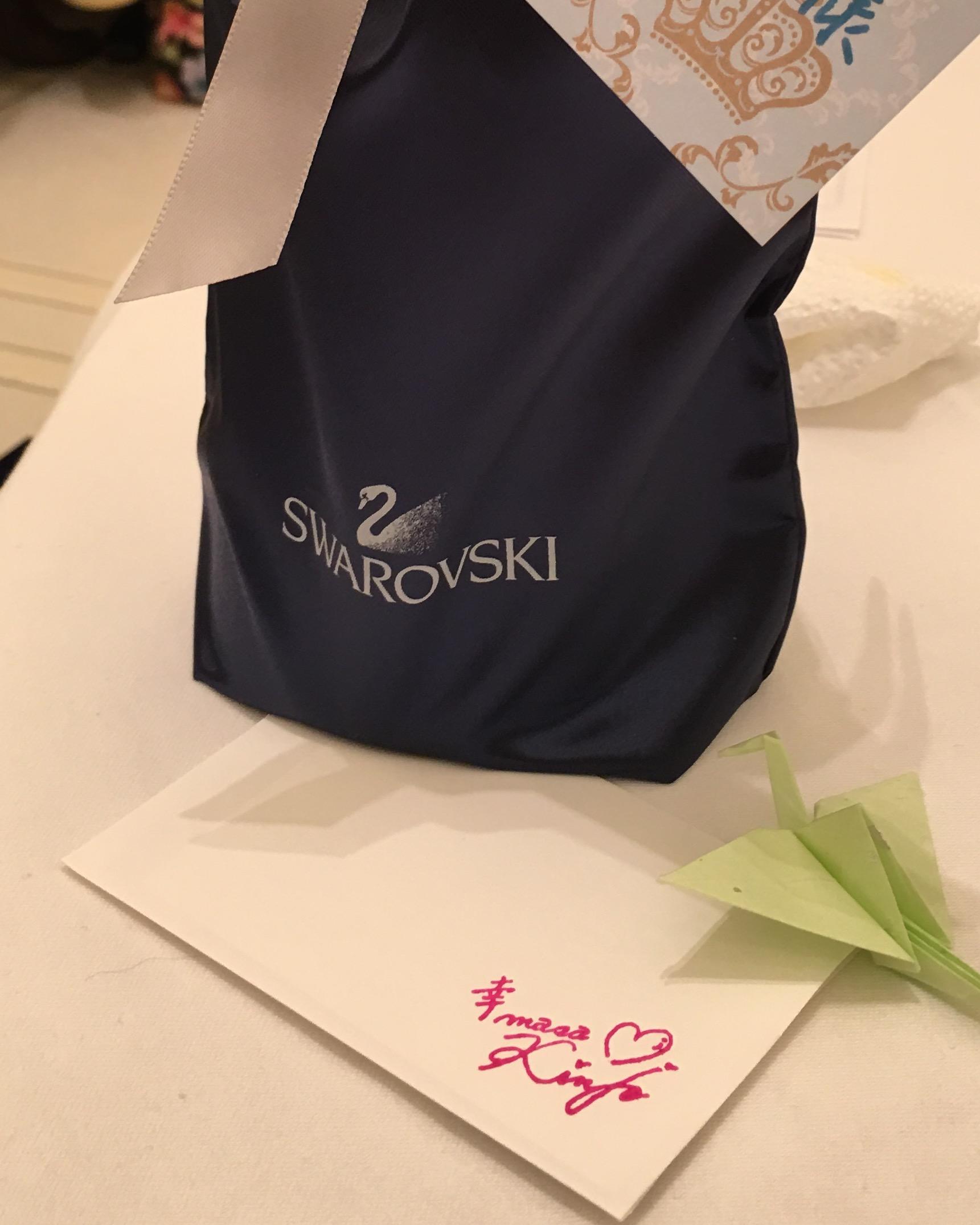 今年も皆勤賞の方にスワロフスキーの豪華なプレゼント